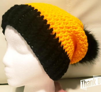 CROCHET WOMANS**STEELEER** HAT WITH REMOVABLE POMPOM FOR WASHING