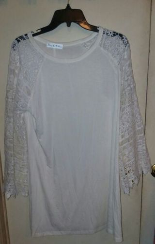 New Super cute ladies/ women's white crochet arm summer dress size Large or XL