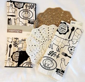 "Crochet 2 - 9"" Dish Cloth/Wash Cloths/1 EVERYDAY FLOUR SACK TOWEL& 1 DISH DRYING MAT"