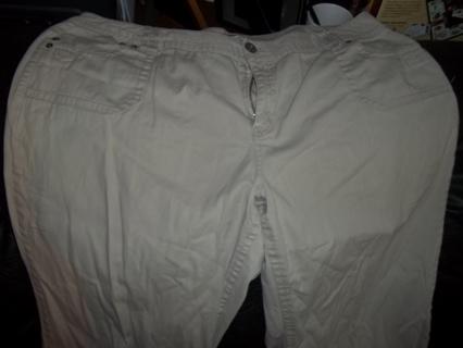 21874ec9ea8 Free  Plus Size Women s Khaki Pants from CATO s Size 22W - Women s ...