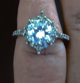 Stunning White Sapphire 925 Ring with band