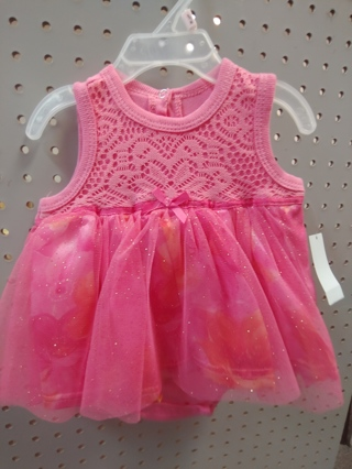 NWT! DDG-DARLINGS - Baby Girls Romper Size: 0-3mths 100% COTTON