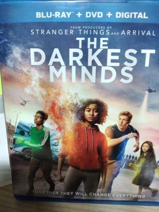 THE DARKEST MINDS  (( BLU-RAY & DVD DISC ))