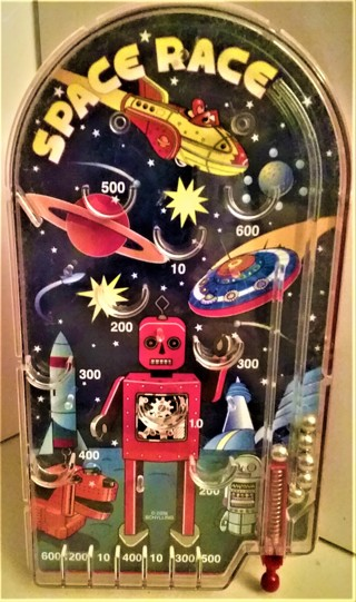 """2006 SPACE RACE Pinball Game by Schylling - plastic - size 9 3/4"""" x 5 1/2"""" - 6 pinballs"""