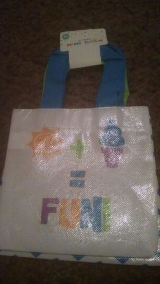 BNWT mini tote bags great for cosmetics, Beach, toys, etc.