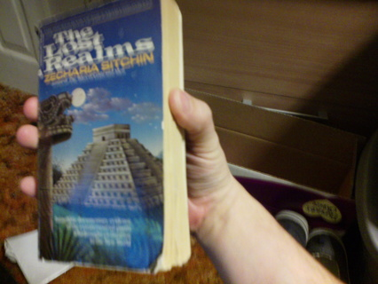 Zechariah Sitchin - The Lost Realms paperback book