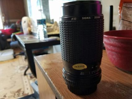 Nikon 80-200mm Lens