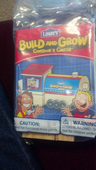 Free: LOWES BUILD and GROW TRAIN ENGINE BUILDING CRAFT KIT BNIP