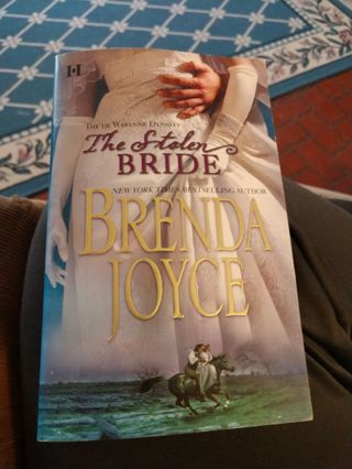 The Stolen Bride by Brenda Joyce (paperback)