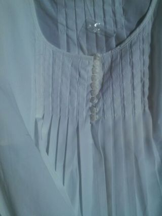 Plus size sleeveless
