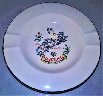 """Ceramic Canada, Nova Scotia small dish - 5"""" diameter - trimmed in 22 k gold in Canada - 5 oz."""