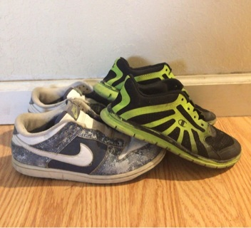 "✿•⚜❣LOT ""2"" GIRLS BOYS ""NIKE + CHAMPION""❣⚜ Sneakers Shoes•✿  Sz 2Y + 13.5✨FREE SHIP"