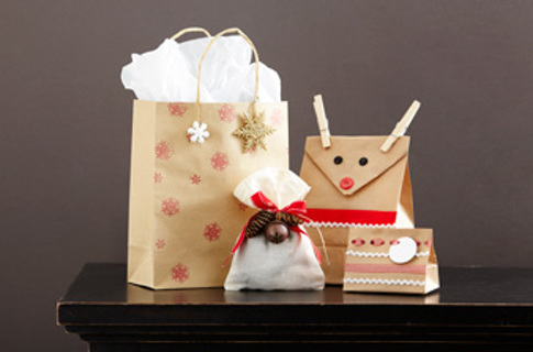 Free gift bag decorating ideas christmas for Bag decoration ideas