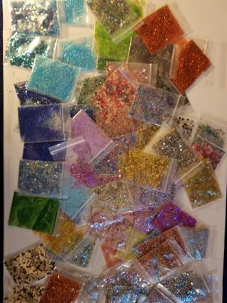 25 ZIP LOCK BAGS OF GLITTER FREE SHIPPING