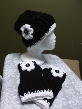 Cute Handmade BLACK/WHITE Crocheted / Knitted Hat And Fingerless Gloves