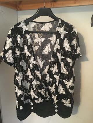 Brand new butterfly top size 3x