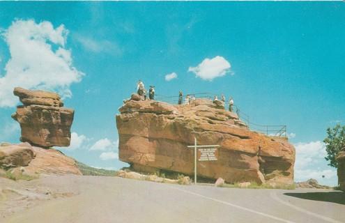 Vintage Unused Postcard: Balanced Rock & Steamboat Rock, Garden of the Gods, CO