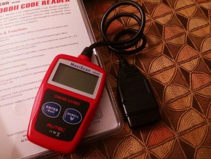 Autel MaxiScan MS309 CAN OBD-II Diagnostic Code Scanner automotive car