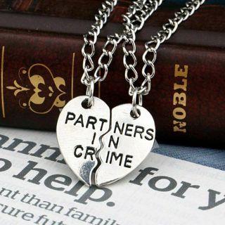 2pcs Partners in Crime Pendant Necklace Best Friend Friendship Couple Lover NEW