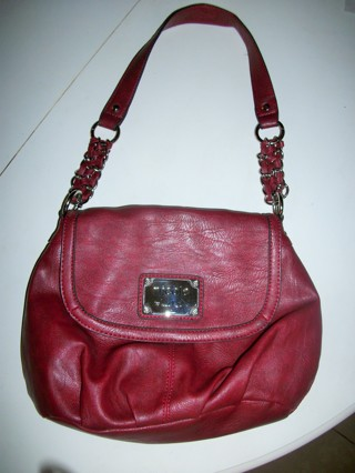 NICOLE BY NICOLE MILLER MAROON FAUX LEATHER SHOULDER BAG, GREAT CONDITION