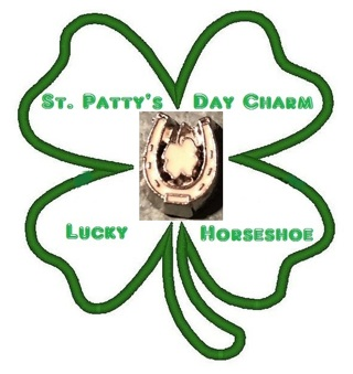 ☘️ Clover in Lucky Horseshoe ☘️ Living Locket Charm ☆VERIFIED USERS ONLY PLEASE☆