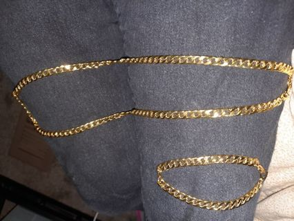 Gold color necklace and bracelet