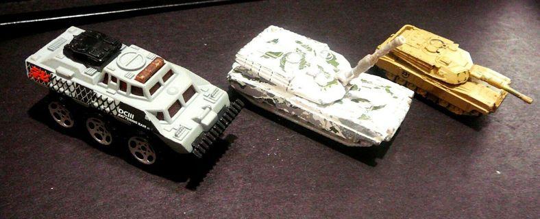 VINTAGE MATCHBOX 1994 & 1999 U.S Army ABRAMS MAIN BATTLE TANKs 1:113