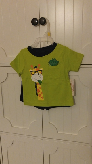 BNWT - 2 pc baby outfit - 3/6 m