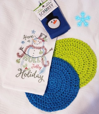 Crochet  2 hotpads/1 CHRISTMAS Dish Towel & 1 srubby