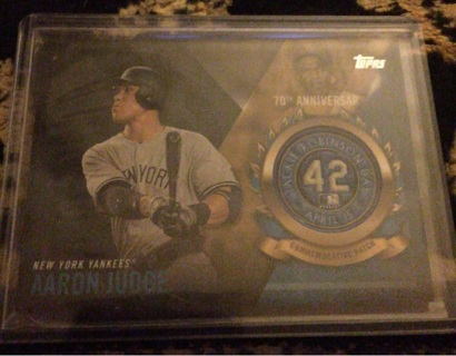 2017 AARON JUDGE topps logo patch card
