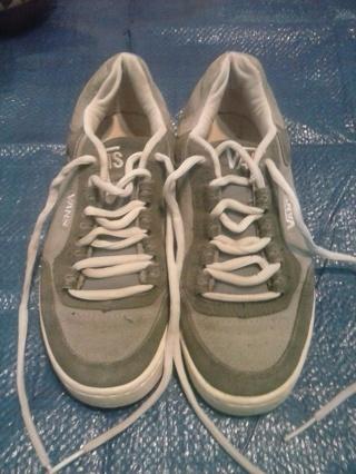 women size 8 vans shoes