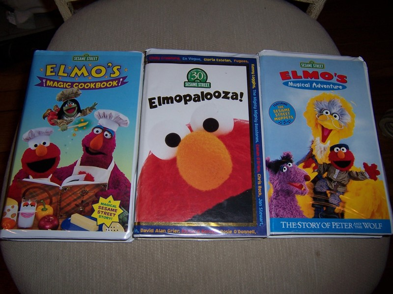 D J Antiques Vhs Adventures Of Elmo In Grouchland Termurah