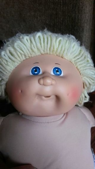 """1983 cabbage patch kids pacifier face 16"""" doll"""