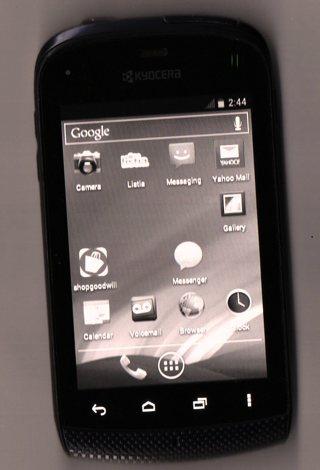 Free: BOOST Kyocera Hydro C5170 - 2GB - Black (Boost Mobile