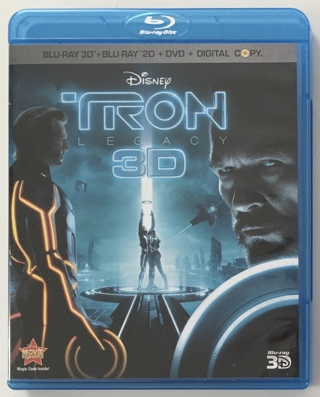 Disney TRON Legacy 4-Disc Blu-Ray 3D / DVD Combo Pack Movie with NM to MT Discs