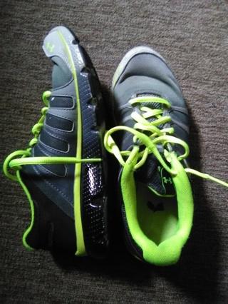 UnderArmor micro-G (Sneakers Size : 6y)