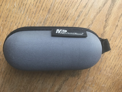 "Smith & Wesson Eye Glasses Hard Zippered Case ""New"""