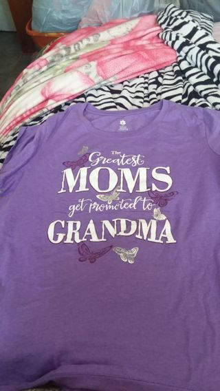 Women 3x new with out tags Grandmother shirt