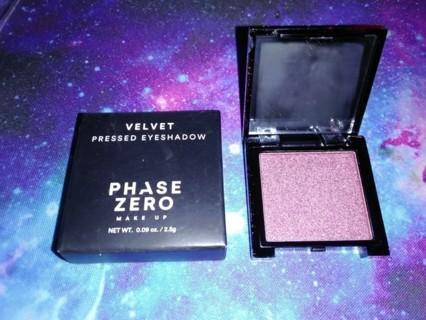 Phase Zero Shimmer Pressed Eyeshadow / Velvet