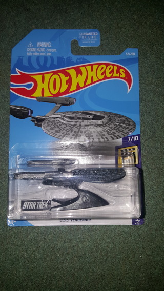 Brand New Hot Wheels Vehicle - U.S.S. Vengeance from Star Trek