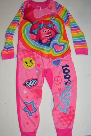 Dreamworks Trolls 6/6X Girls Fall/Winter Pajamas  Gently Used! Clothes Size