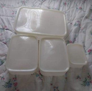 Vintage 4 piece Freezette Storage Container Set