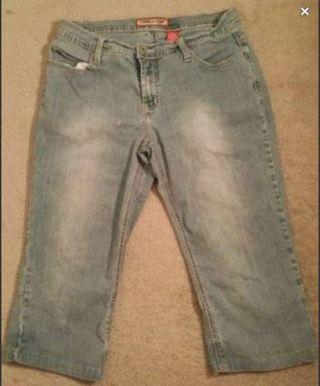 Capris Blue Jeans