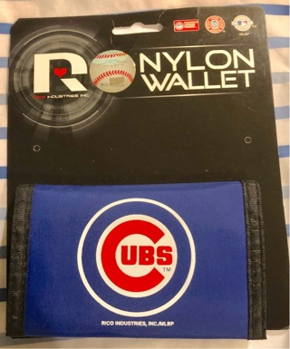 BNWT Authentic MLB/Chicago Cubs Blue Nylon Wallet. Sections For Bills, Change, CCs....