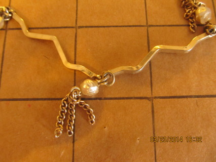 "Vintage Goldtone w ""Pearl"" Tassels Chain"