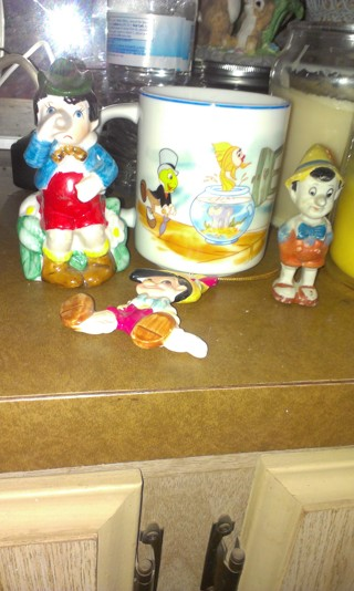Pinocchio old and rare pieces lot of 4
