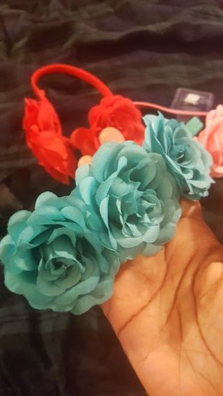 4 new flower hair bands