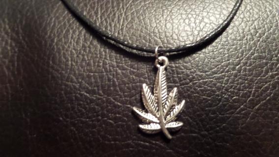 New!! Freedom! Tibetan silver sweet leaf marijuana necklace