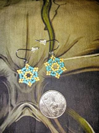 pretty handmade earrings(8)