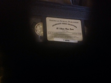VHS- IF I RAN THE ZOO by DR. SEUSS p\o CALDECOTT VIDEO COLLECTION